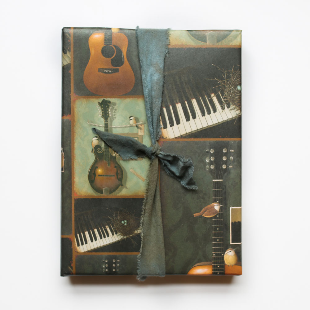 music-wrapping-paper-product-image-box-wrapped-with-mississippisnow