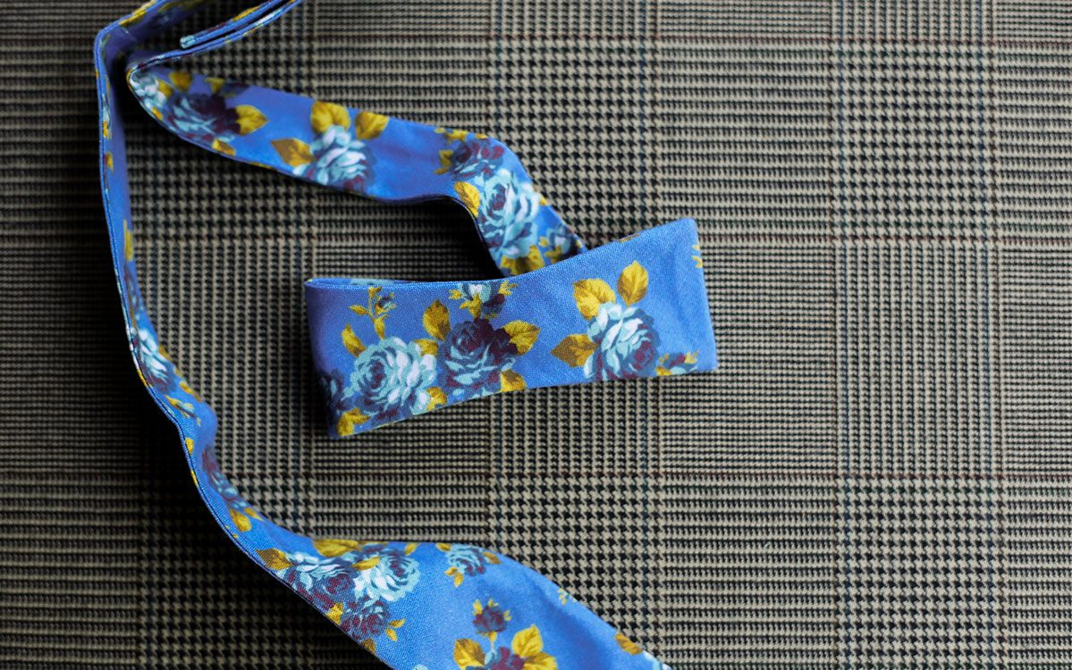 floral-bow-tie-blue-product-gallery-image-03