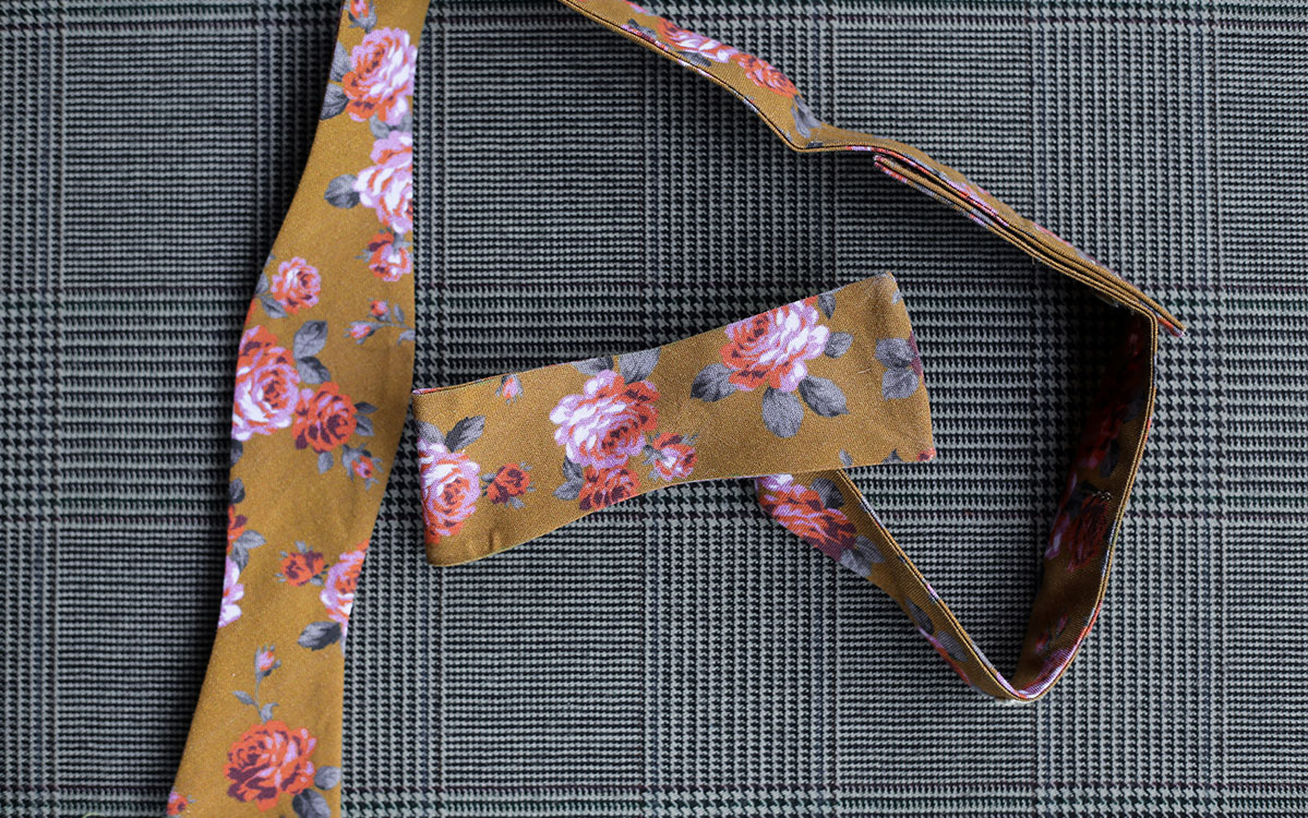 floral-bow-tie-gold-product-gallery-image-02