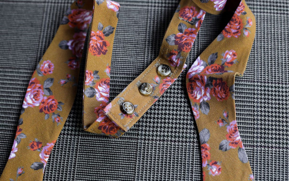 floral-bow-tie-gold-product-gallery-image-03