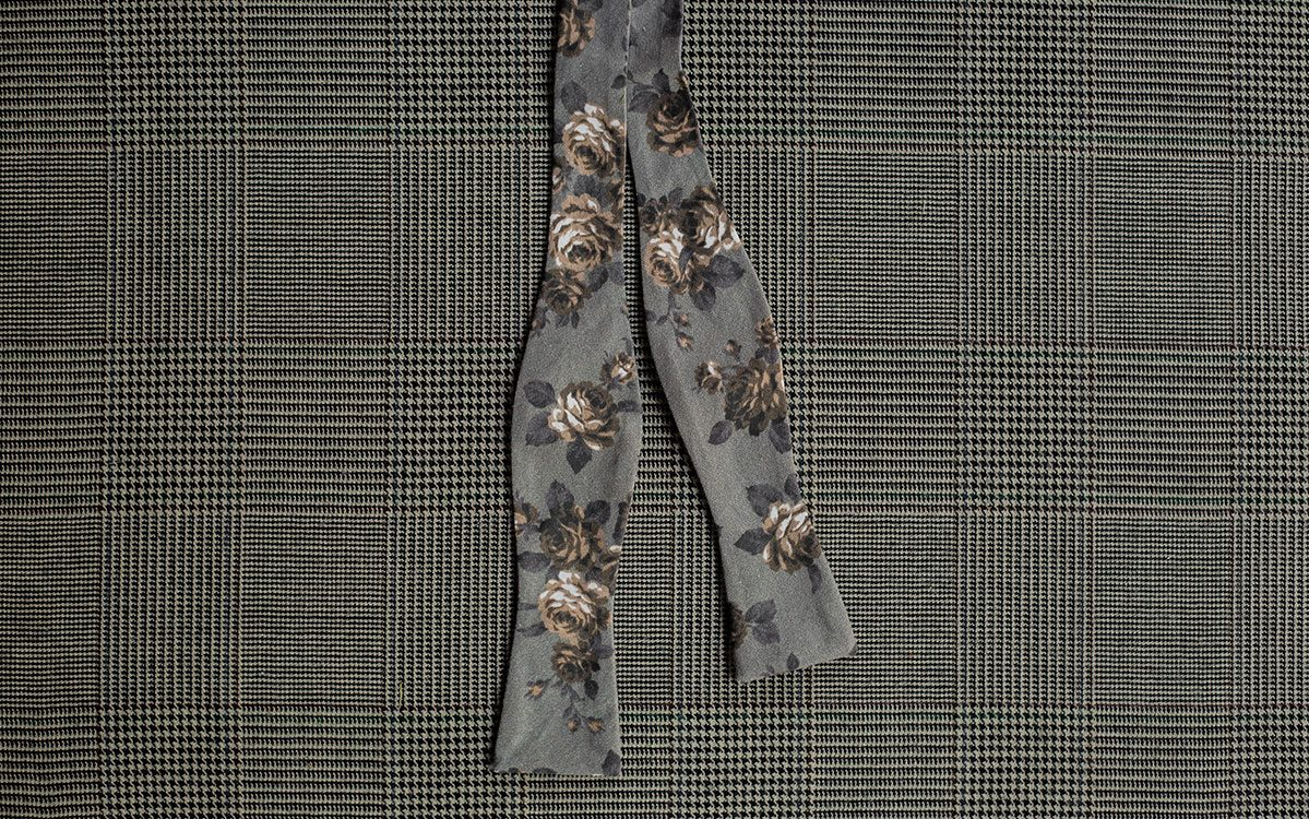 floral-bow-tie-grey-product-gallery-image-01