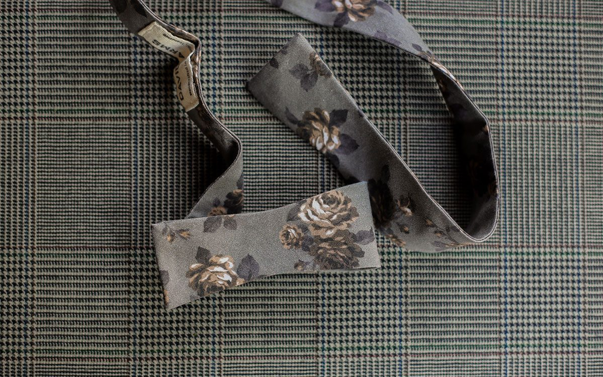 floral-bow-tie-grey-product-gallery-image-02