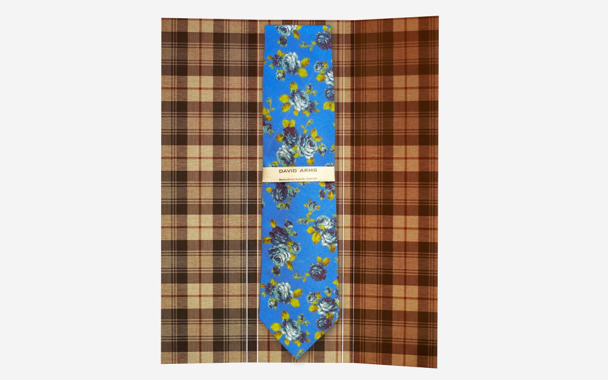 floral-necktie-blue-in-box-product-gallery-image