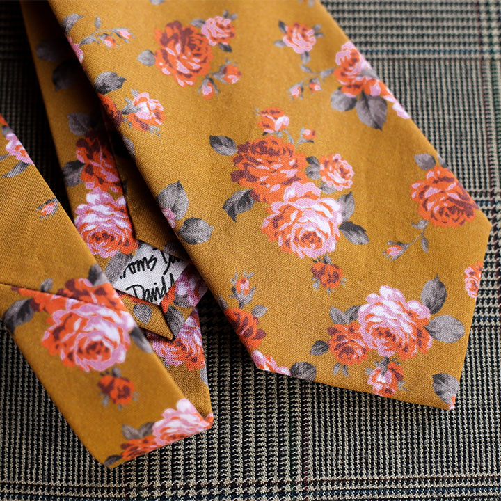 floral-necktie-gold-product-image-hover