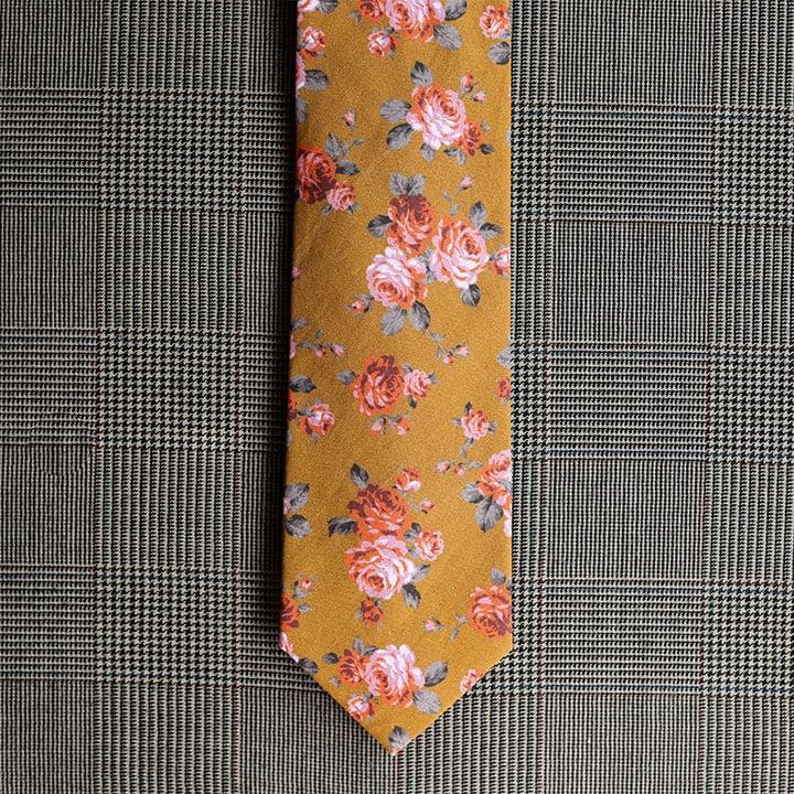 Floral Necktie (Gold)