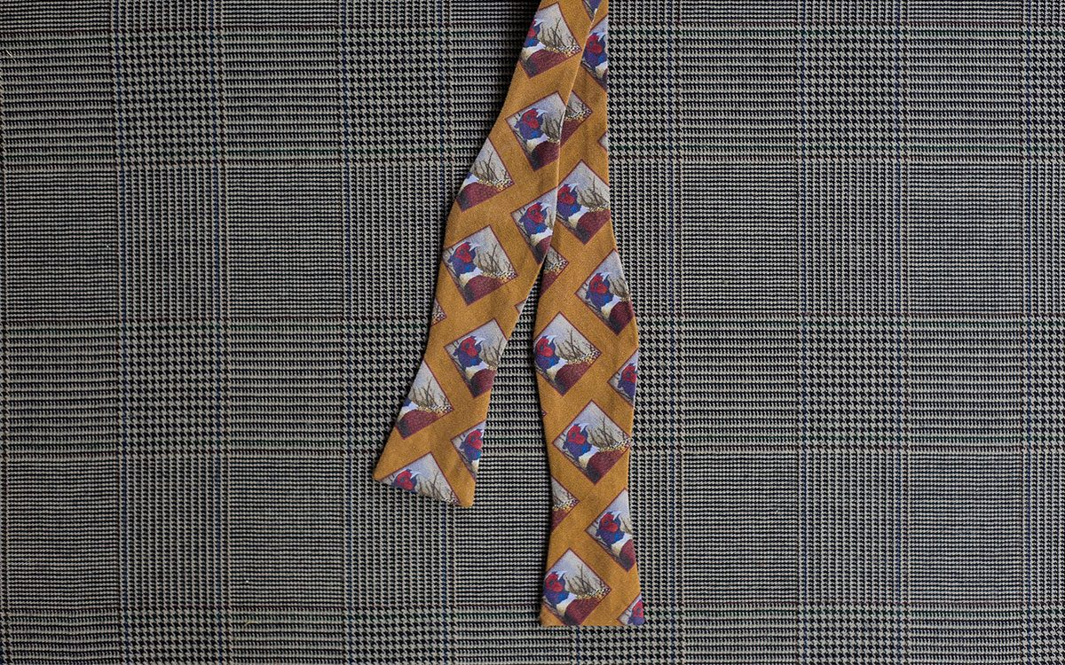 pheasant-bow-tie-gold-folded-product-gallery-image-01