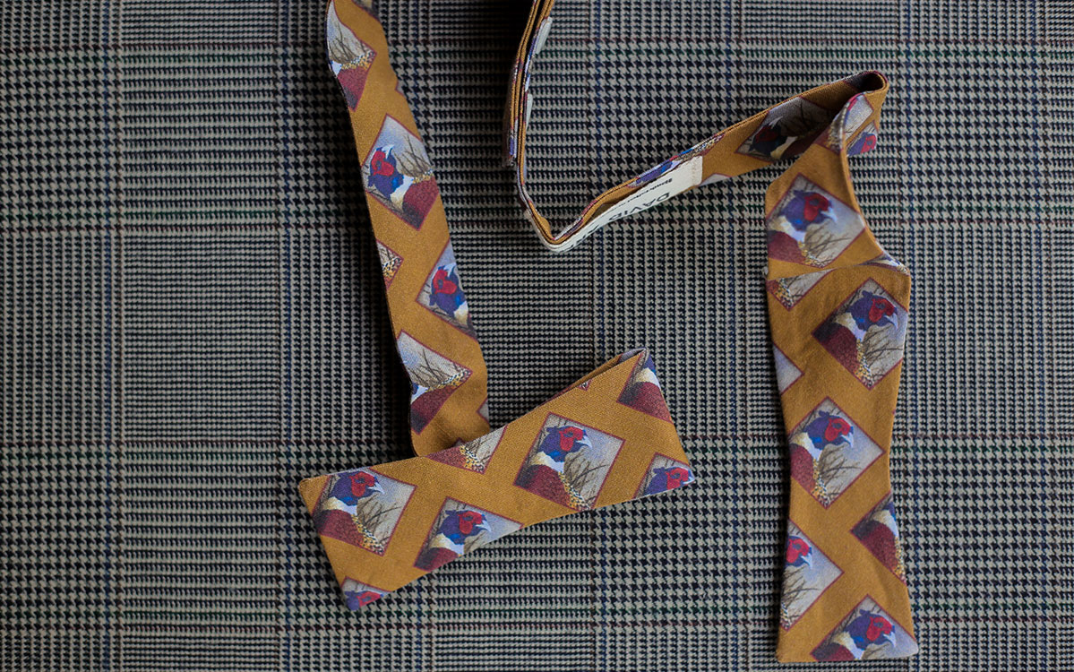 pheasant-bow-tie-gold-folded-product-gallery-image-02