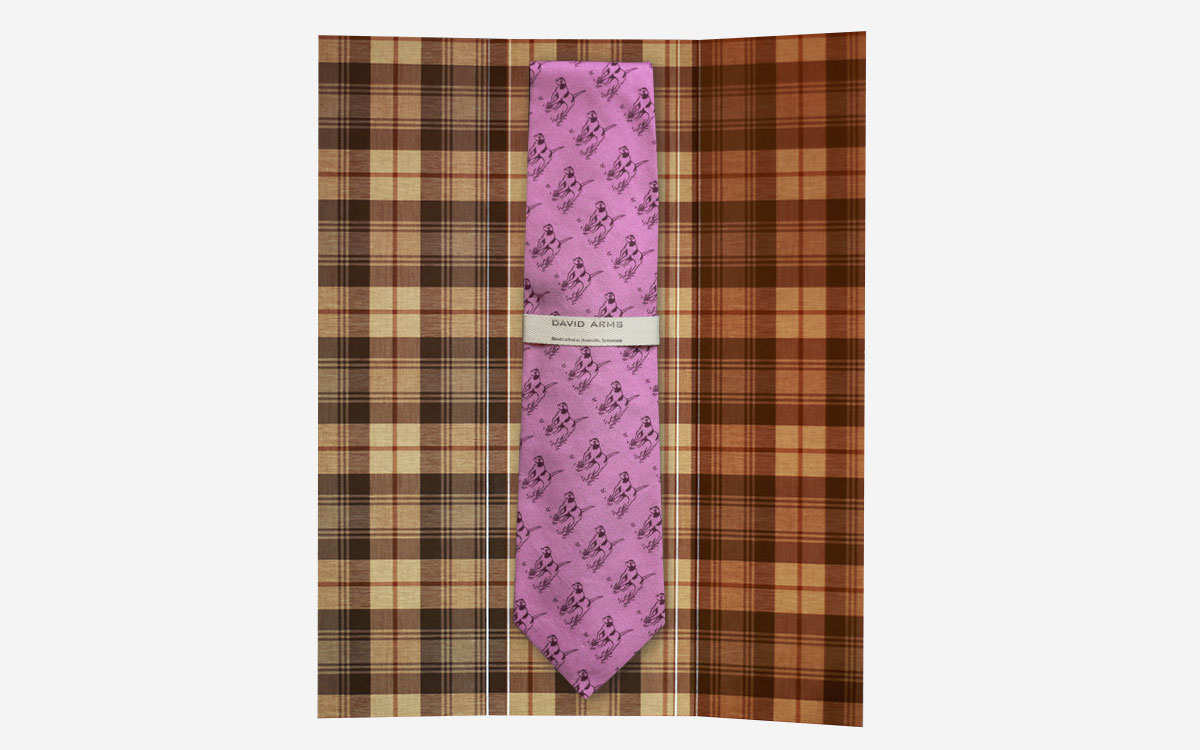 pointer-necktie-lavender-in-box-product-gallery-image