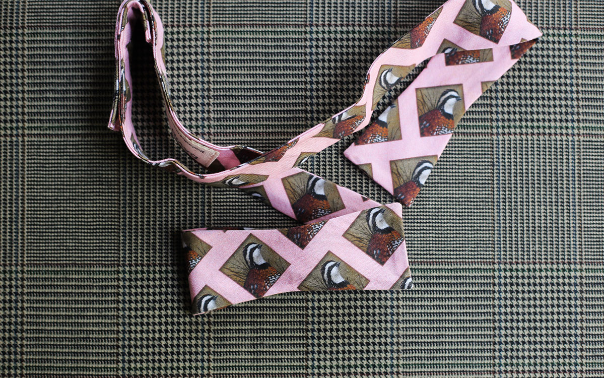 quail-bow-tie-pink-folded-product-gallery-image-02