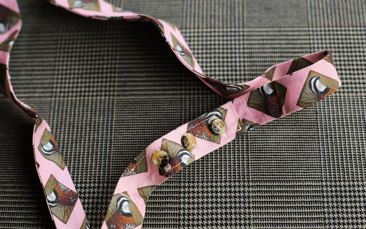 quail-bow-tie-pink-folded-product-gallery-image-03