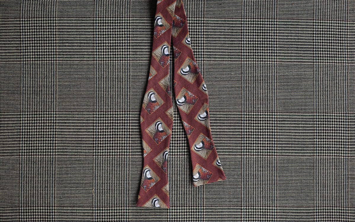 quail-bow-tie-rust-folded-product-gallery-image-01