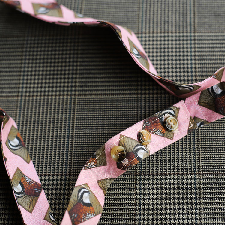 quail-bowtie-pink-product-image-buttons