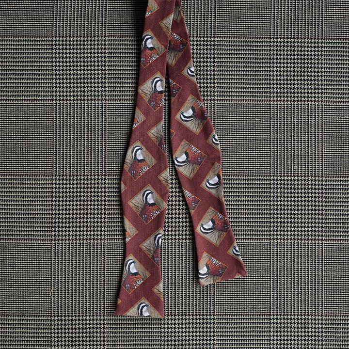 Quail Bow Tie (Rust)