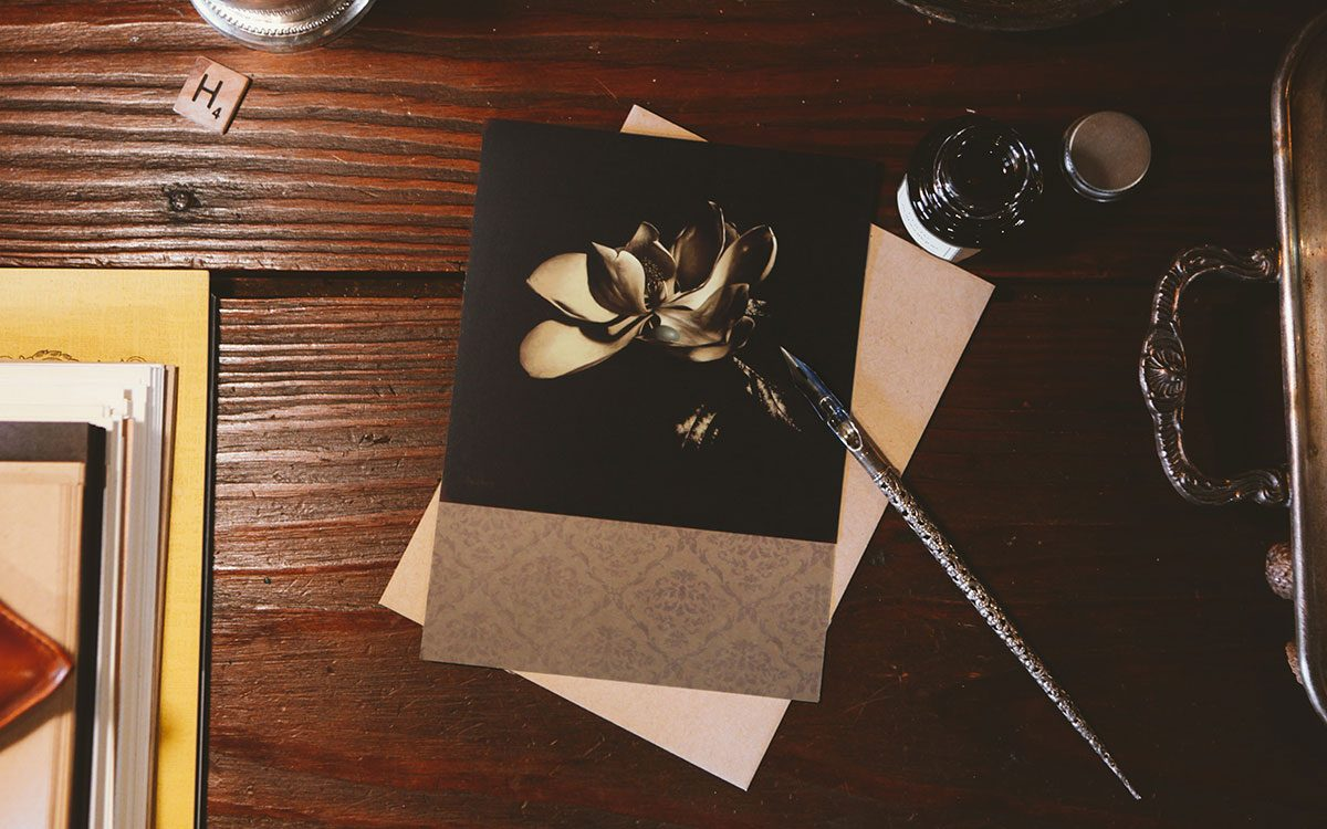 grace-magnolia-notecard-product-gallery-image-lifestyle
