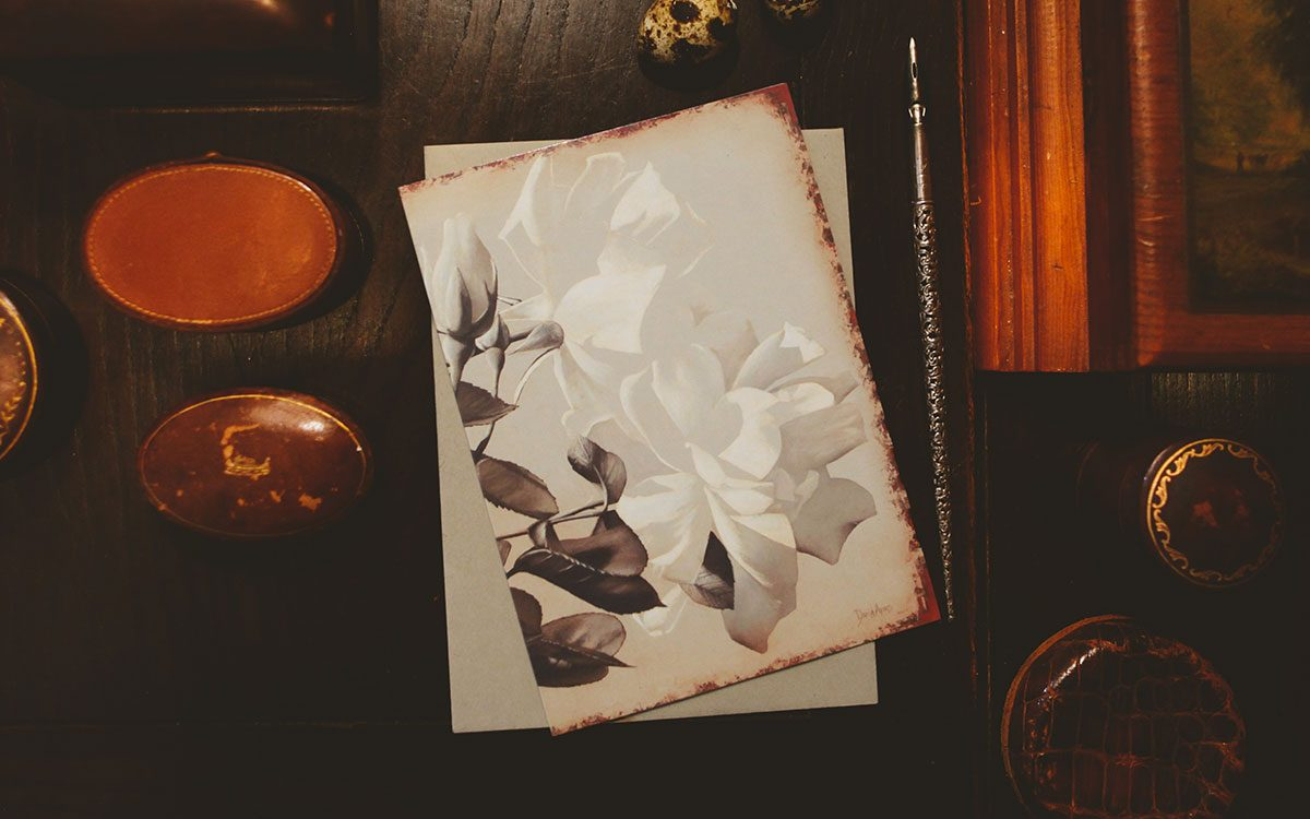 rose-notecard-product-gallery-image-lifestyle