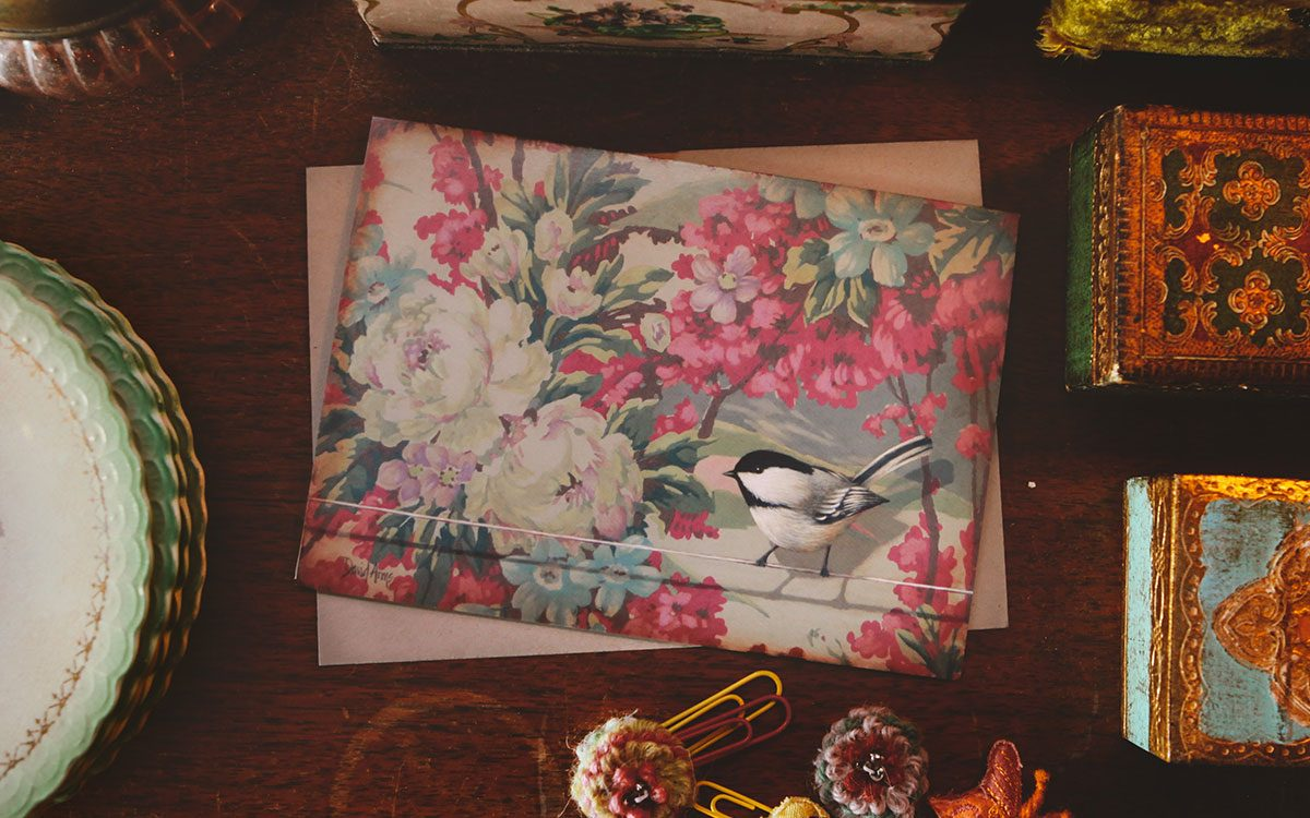 trust-floral-notecard-product-gallery-image-lifestyle
