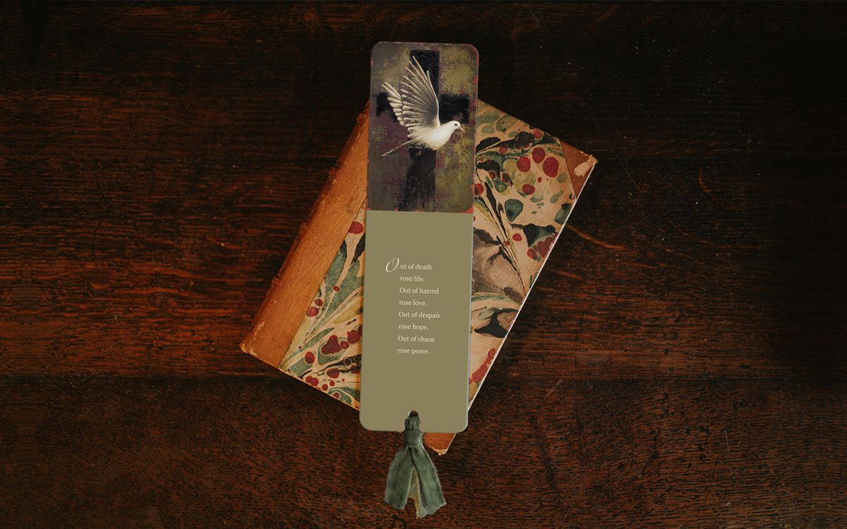 freedom-bookmark-product-gallery-image-lifestyle