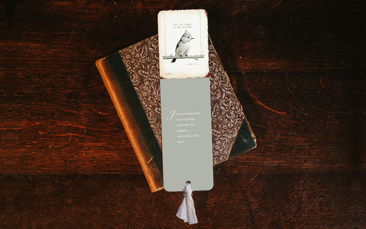 joy-bookmark-product-gallery-image-side-by-side