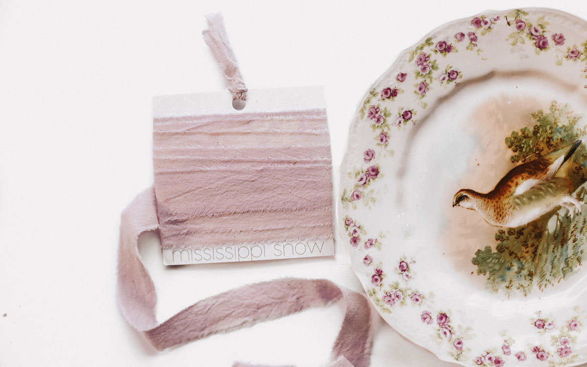 ribbon-product-gallery-image-mae-lifestyle