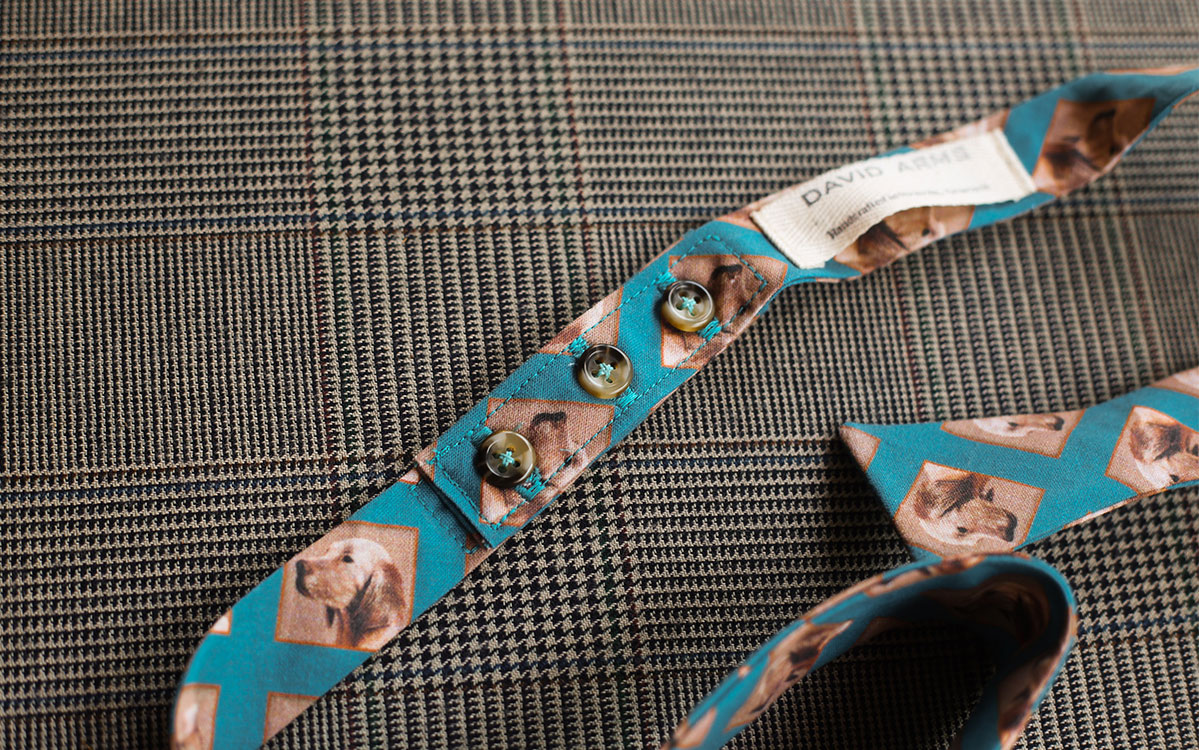 dog-bow-tie-blue-folded-product-gallery-image-03