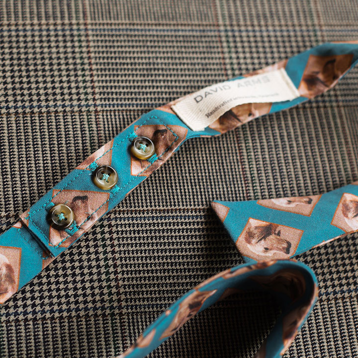 dog-bowtie-blue-product-image-buttons