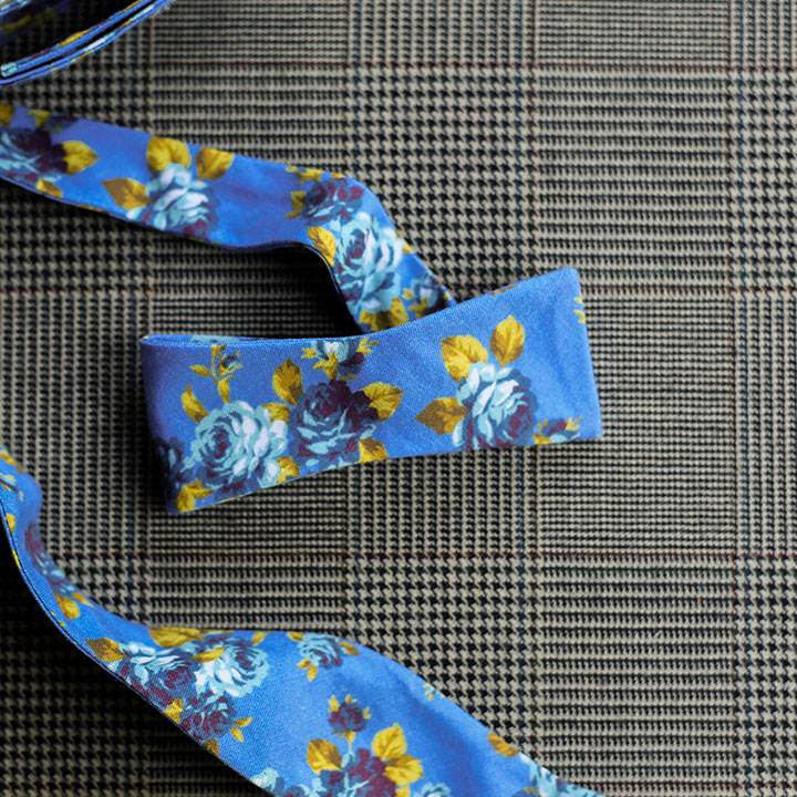 floral-bowtie-blue-product-image-hover