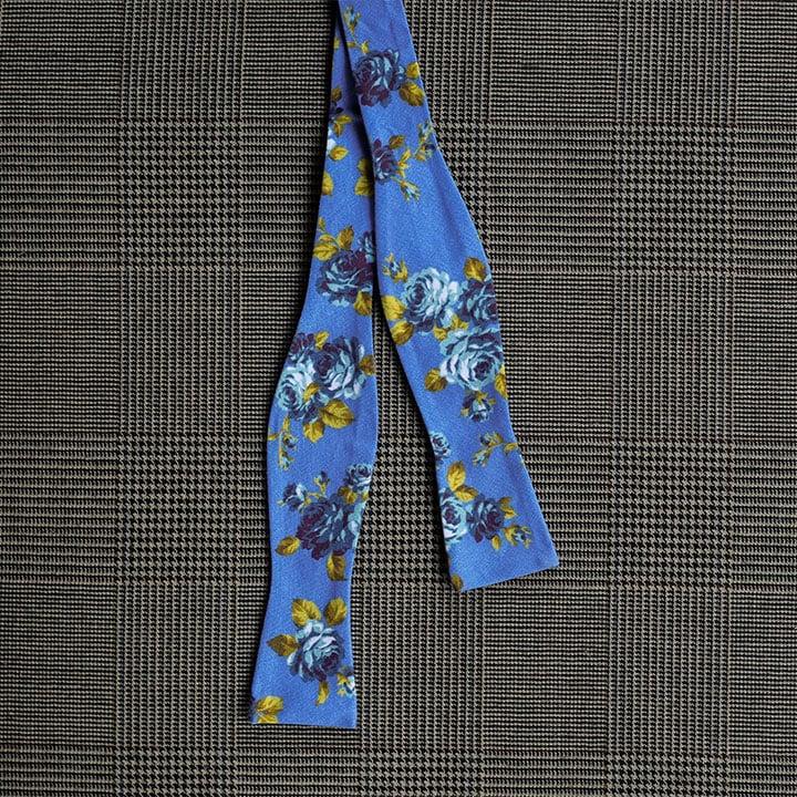 Floral Bow Tie (Blue)