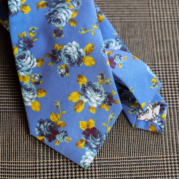 floral-necktie-blue-product-image-hover