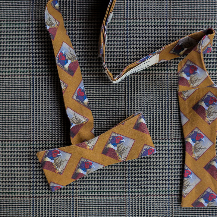 pheasant-bowtie-gold-product-image-hover