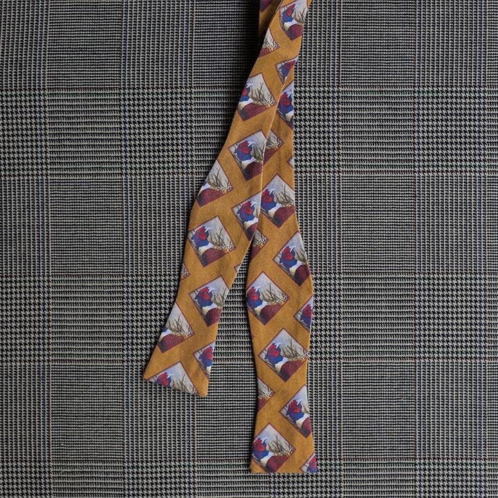 Pheasant Bow Tie (Gold)