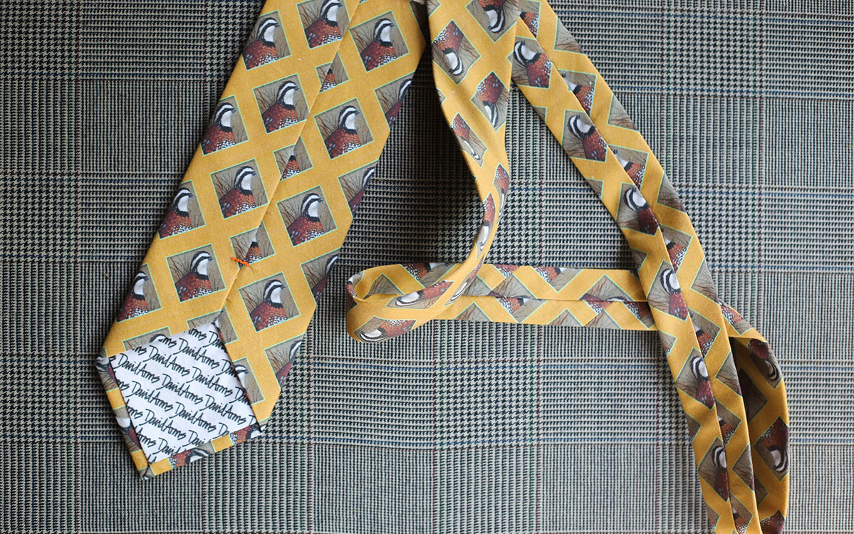quail-necktie-yellow-backside-product-gallery-image-03