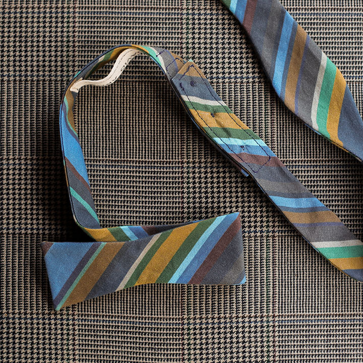 stripes-bow-tie-blue-product-image-hover
