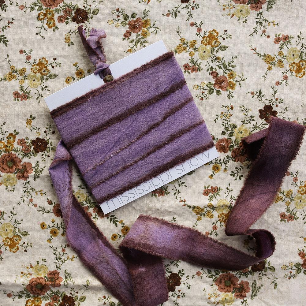ida-mary-vintage-product-image-lifestyle-flower-pattern