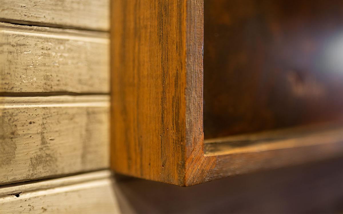 metal-artwork-wood-frame-product-gallery-image